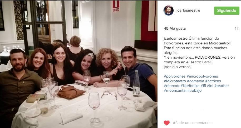 Juan Carlos Mestre y las actrices de 'Polvorones'